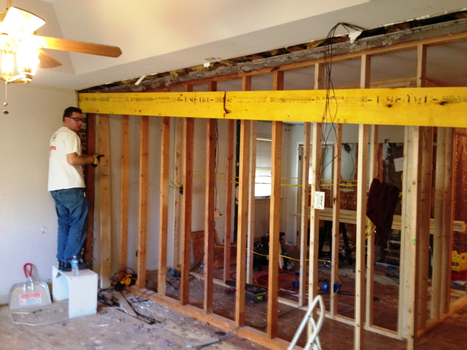 Drywall and mud and electric oh my for Lumber calculator for walls