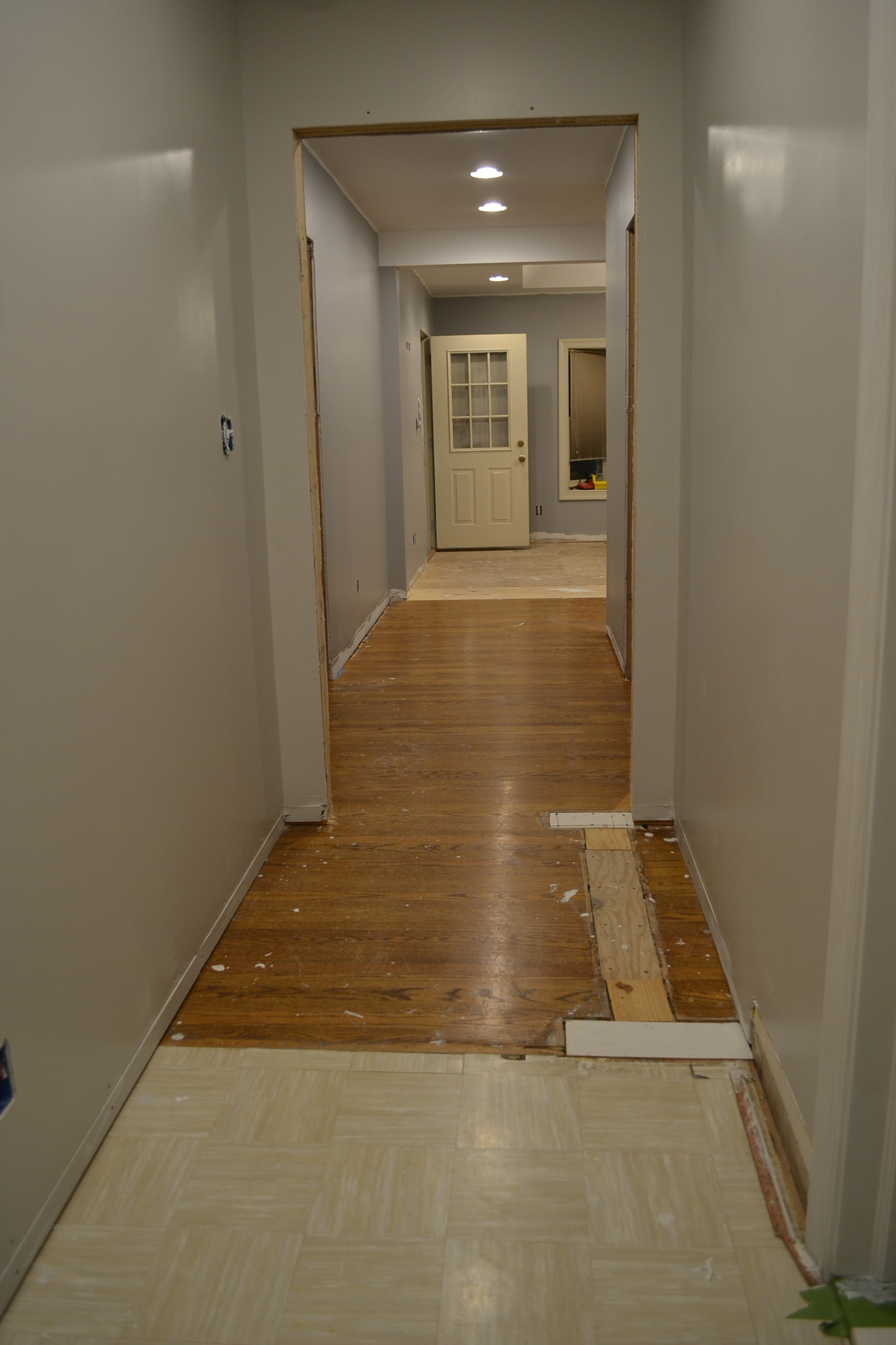 Floors for Hardwood floors or carpet